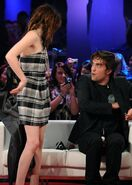 Did robert pattinson propose to kristen stewart