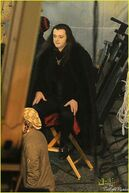On-the-set-Breaking-Dawn-aro-of-the-volturi-22981281-495-740