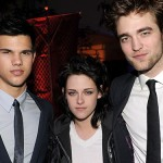 File:Kristen, Robert and Taylor.jpg