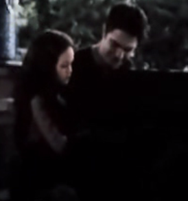 File:Child renesmee20.PNG
