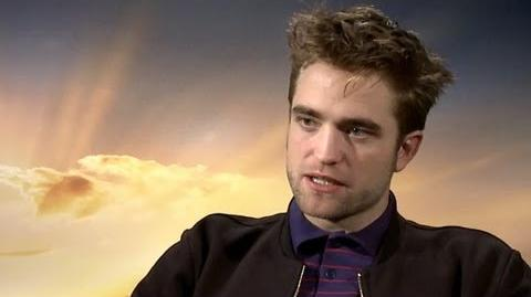 Robert Pattinson Talks One Direction & Twilight Reboot - Breaking Dawn Part 2 Junket Interview-0