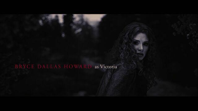 File:Bryce Dallas Howard as Victoria.jpg