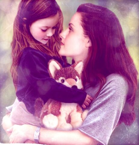 File:461px-Bella and renesmee.jpg