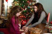 Renesmee-and-Bella