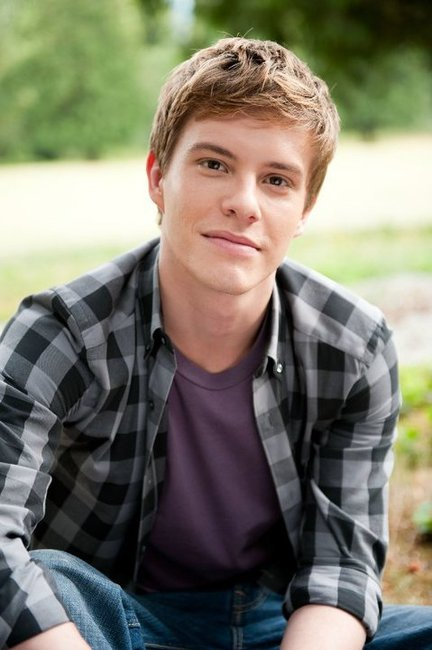 xavier samuel fan site