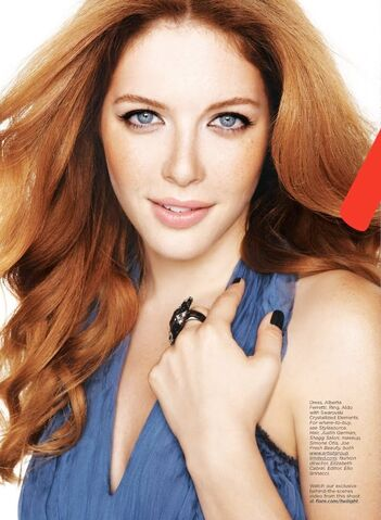 File:Rachelle-Lefevre-greatest-actress.jpg