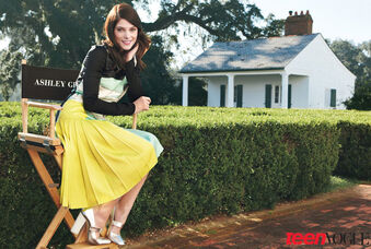 Ashley-greene TeenVogue1