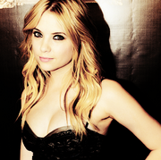Ashley-Benson-ashley-benson-22496170-500-498