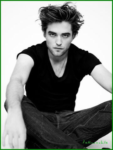 File:Robert Pattinson 143.jpg