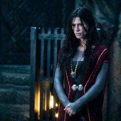 Sonja wears the prison key as a pendant.