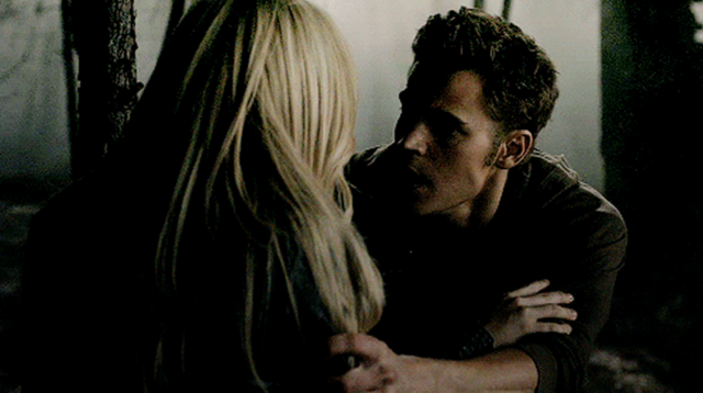 File:Caroline and Stefan 2x3.png