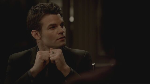 File:The-Vampire-Diaries-3x13-Bringing-Out-the-Dead-HD-Screencaps-elijah-28811879-1280-720.jpg
