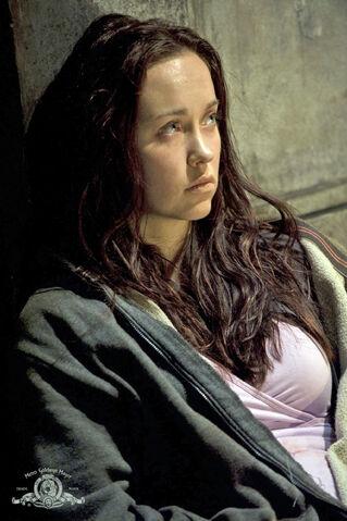 File:Stargate-universe-girls-elyse-levesque-17-dvdbash-wordpress.jpg