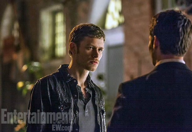 File:The-Vampire-Diaries-The-Originals-ITV-01.png