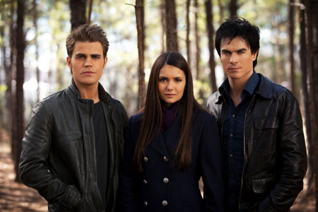 File:Vampire-diaries-episode-318-elena-stefan-damon.jpg