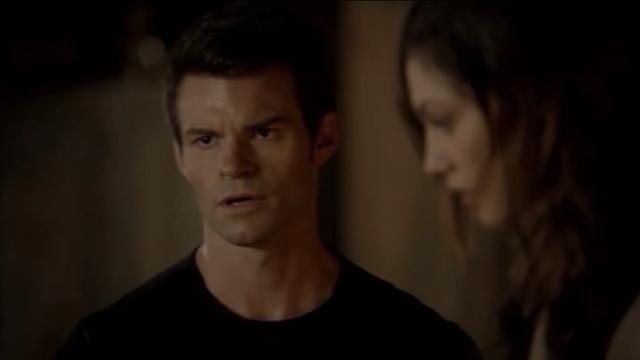 File:Elijah-Hay 1x8.png