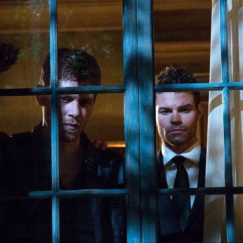 File:The Originals - Elijah & Klaus.jpg