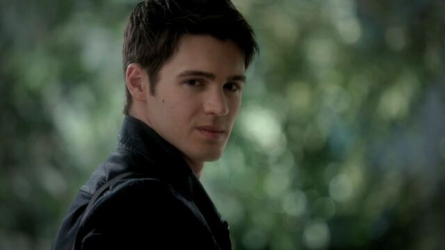 File:The-Vampire-Diaries-3x11-Our-Town-HD-Screencaps-jeremy-gilbert-29996931-1280-720.jpg