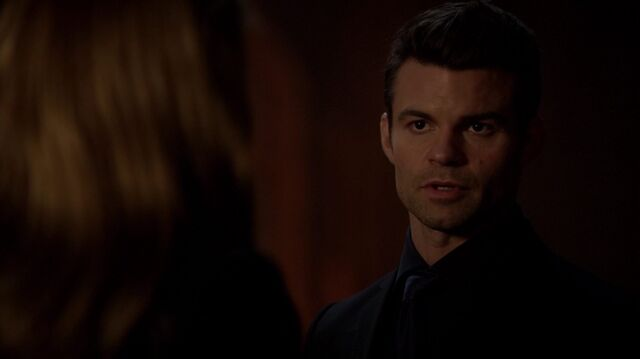 File:Normal TheOriginals220-2110Elijah-Freya.jpg