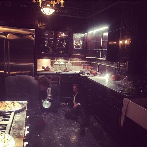 File:2015-11-13 Ian Somerhalder Paul Wesley Annie Wersching Instagram.jpg