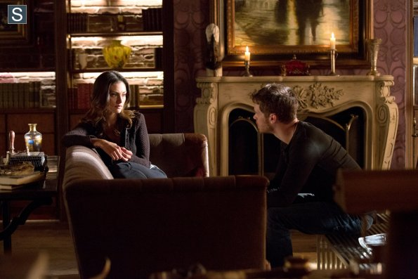 File:The Originals - Episode 2.01 - Rebirth(c).jpg