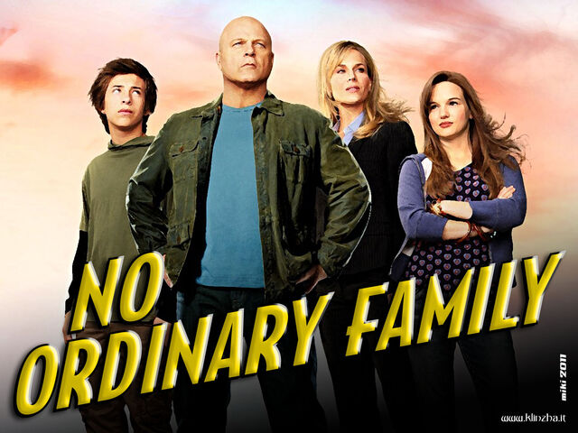 File:1384342416-noordinaryfamily.jpg