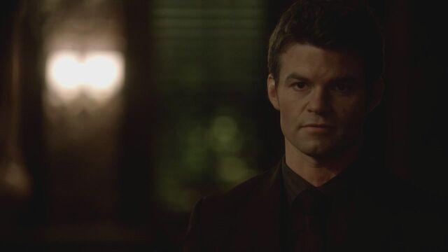 File:The-Vampire-Diaries-3x13-Bringing-Out-the-Dead-HD-Screencaps-elijah-28812047-1280-720.jpg