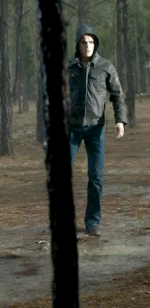File:1x17 Stefan Salvatore Let The Right One In.png