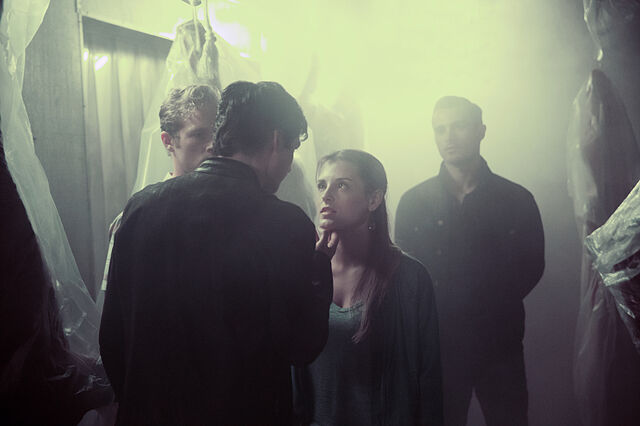 File:8x01 Hello Brother 9.jpg