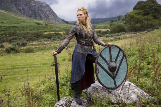 File:Katheryn-Winnick-as-Lagertha-in-Vikings-season-two-2.jpg