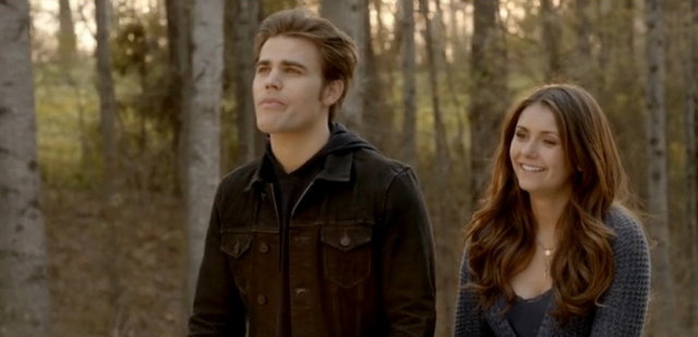File:Stefan and Elena in 5x21.png