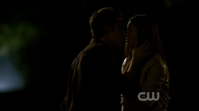 File:Stelena's First Kiss 3.jpg