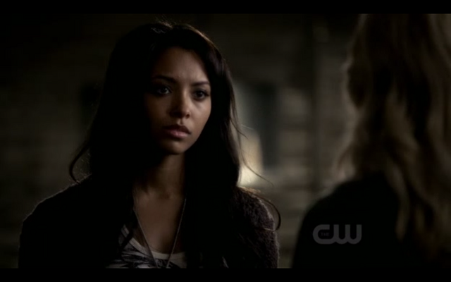 File:The-Vampire-Diaries-Season-3-Episode-7-Ghost-World-Bonnie-Bennett-has-a-Motorola-Flipside-1.png