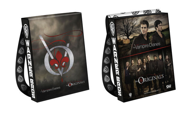 File:2016-wbsdcc-the vampire diaries the originals bag.jpg