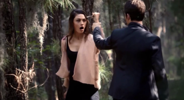 File:Hayley and Elijah 1x7.png