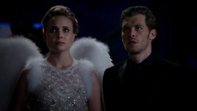 File:Klaus and Camille TO 1x03.jpg