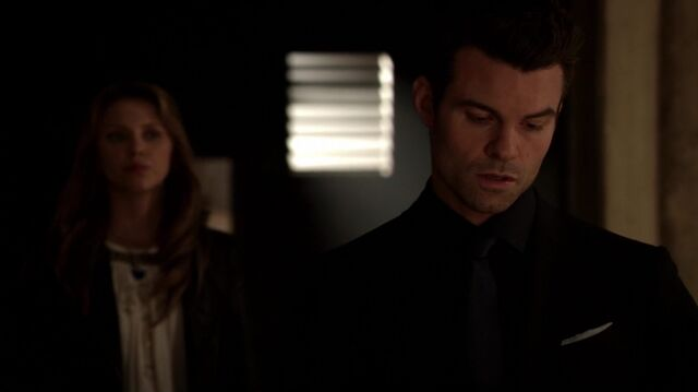 File:Normal TheOriginals220-1577Elijah-Freya.jpg