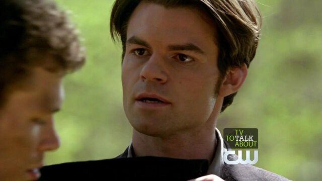 File:Elijah-in-2x22-As-I-lay-dying-elijah-21990605-1280-720.jpg