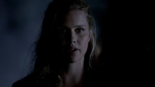 File:Rebekah 9 TO 1x04.jpg