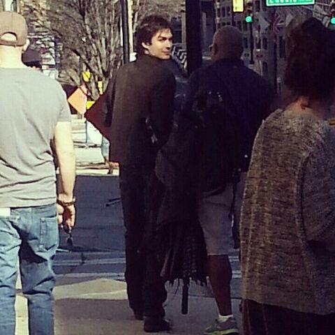 File:Behind-of-Scenes-4x17-the-vampire-diaries-tv-show-33550979-612-612.jpg