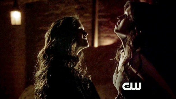 File:Vampire-diaries-4.21-shes-come-undone-katherine-elena.png