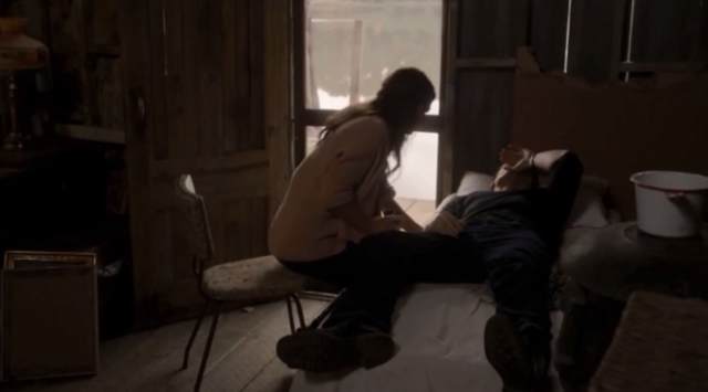 File:Hayley-Elijah 1x8...png