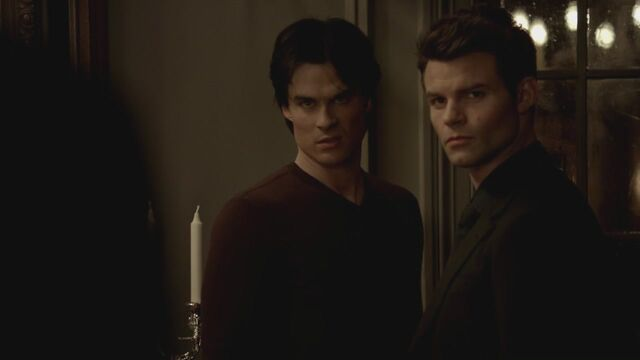 File:The-Vampire-Diaries-3x13-Bringing-Out-the-Dead-HD-Screencaps-elijah-28812015-1280-720.jpg
