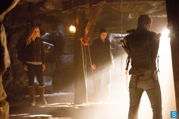 File:Rebekah-damon-vaughn-4x14.jpg