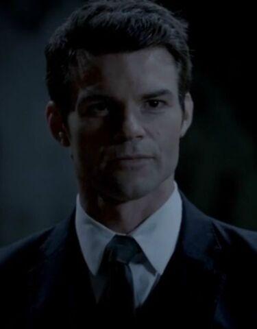 File:Elijah 11 TO 1x05.jpg.jpg