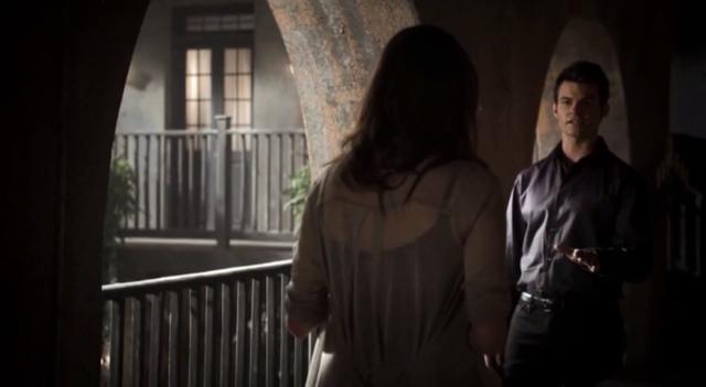 File:Hayley-Elijah-1x11...png
