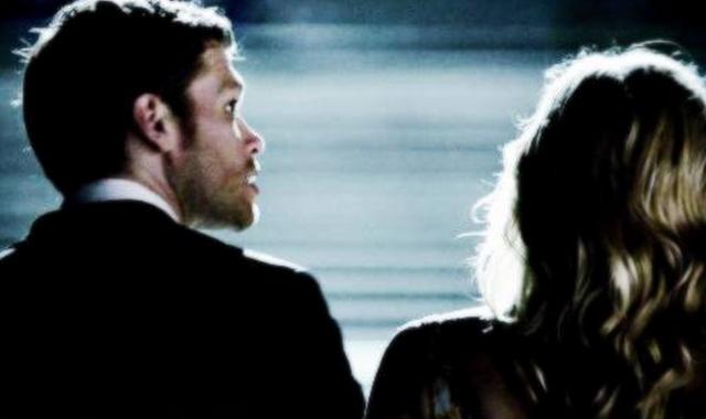 File:Klaus and Caroline 4x23.png