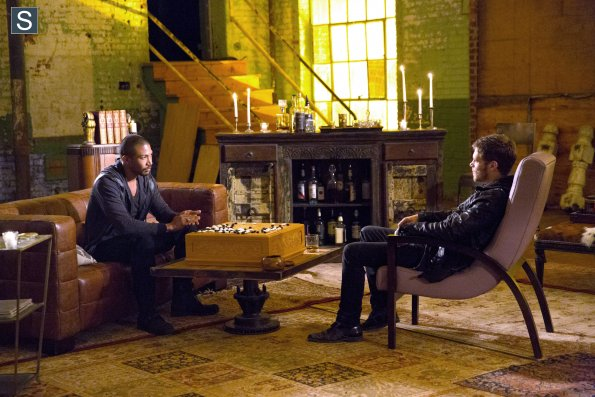 File:The Originals - Episode 2.01 - Rebirth(k).jpg