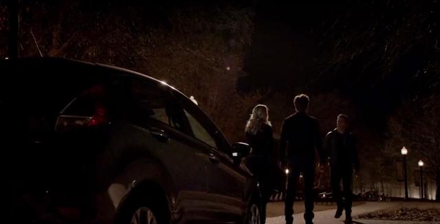File:Caroline, Stefan and Julian 5x21.png