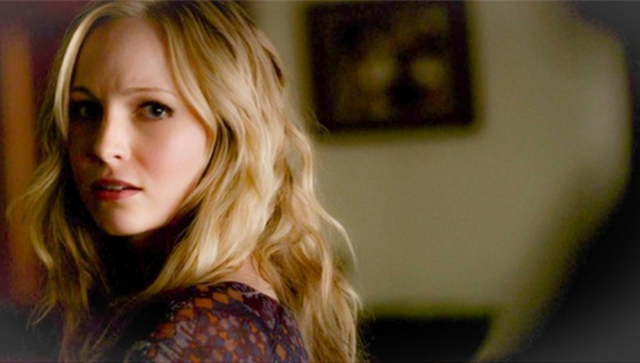 File:Caroline looking Klaus 4x14.png